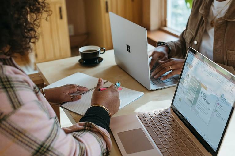 woman using latptop